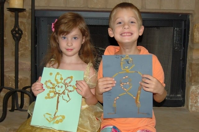 Kid Craft:  Macaroni Art