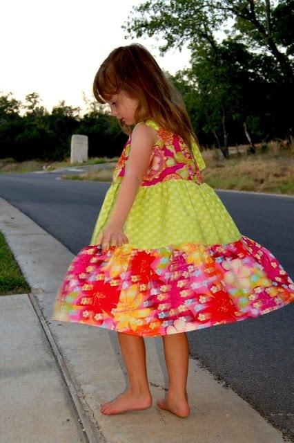 tiered pillowcase dress tutorial
