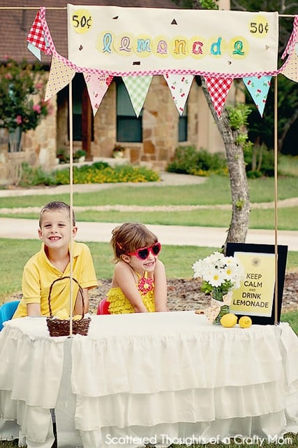 DIY Lemonade Stand - Scattered Thoughts of a Crafty Mom by