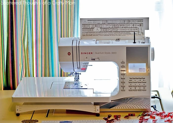 Singer 9960 Quantum Stylist review: Thinking of purchasing the Singer 9960 Quantum Stylist?  Here's my review of this Singer sewing machine: