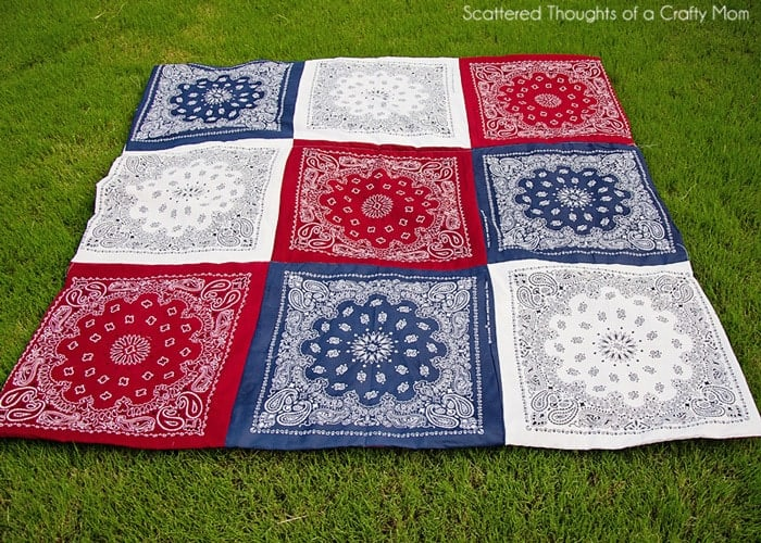 Red White and Blue Picnic Quilt - Scattered Thoughts of a Crafty ... : red bandana quilt - Adamdwight.com