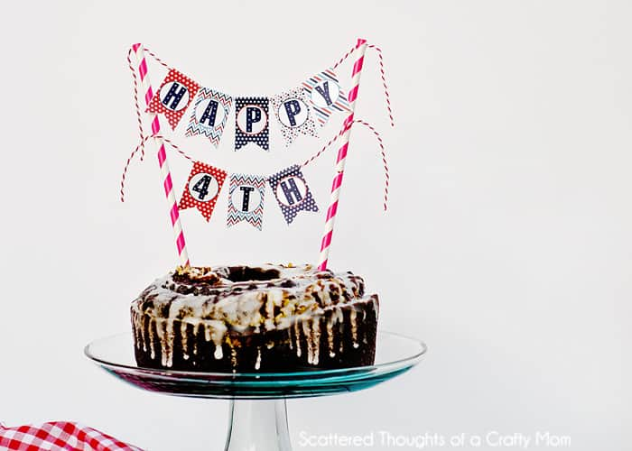 Red White and Blue Patriotic Mini Cake Bunting. (free printable)