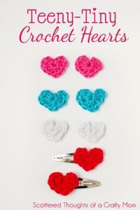 How to make tiny crochet hearts, with a free pattern: