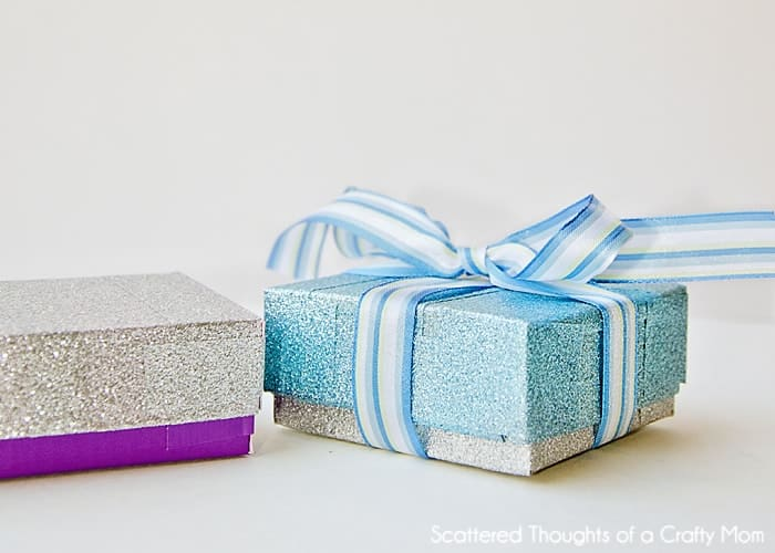How to make gift boxes with recycled materials and Duck Tape!  #DuckCraftTape