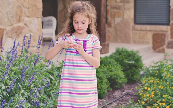 Free Play Dress Pattern and Tutorial sz 12 month to 10 yr)