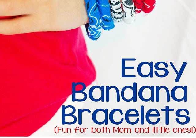 No Sew Simple Fabric Bracelet Tutorial (w/ Banadanas)