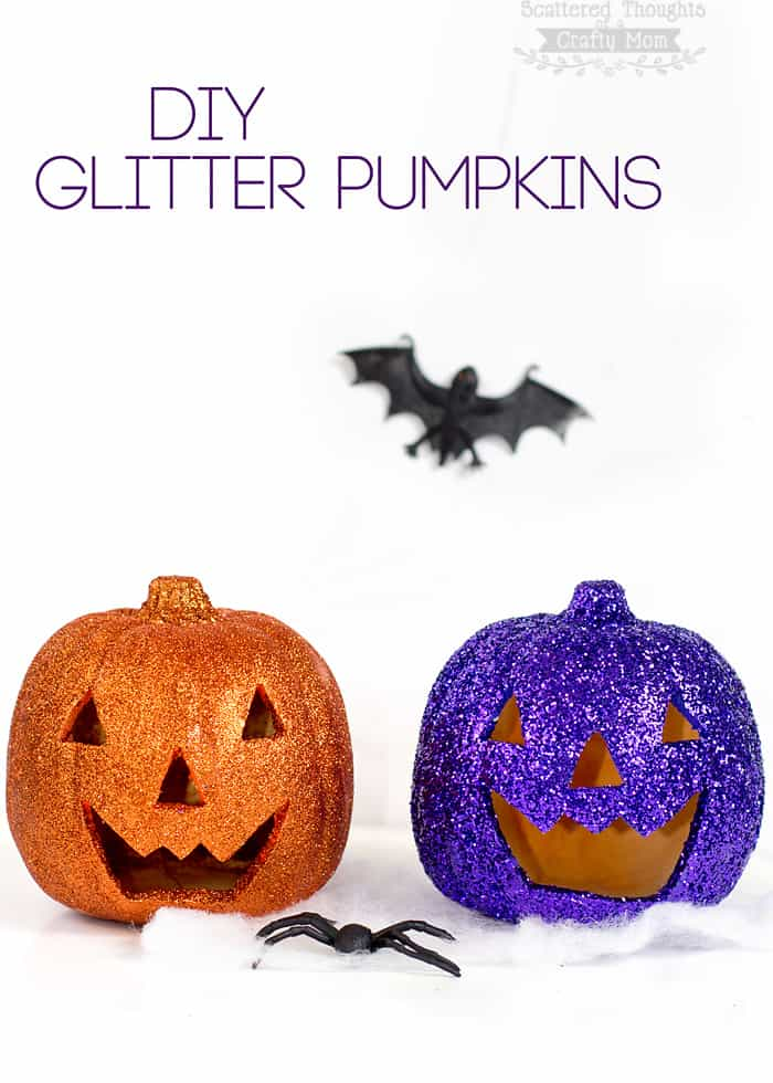Make your own Glitter Pumpkin craft with just a bit of paint, glitter and glue!