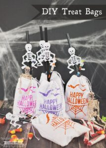 Make your own customizable Halloween treat Bags!