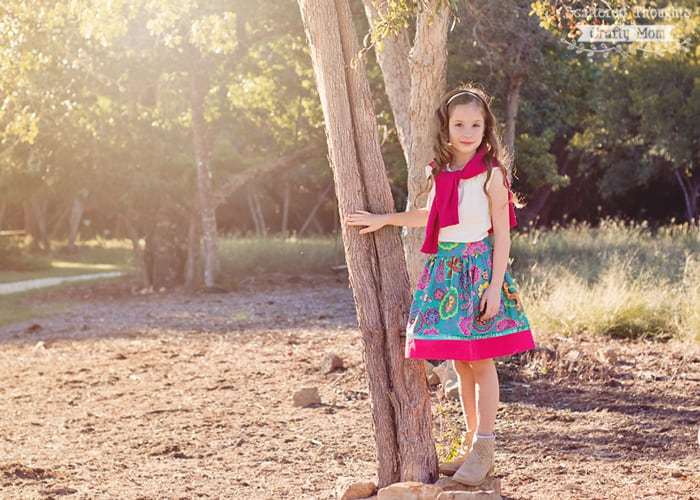 Free Flat Front Skirt tutorial with pattern, size 2 to 10