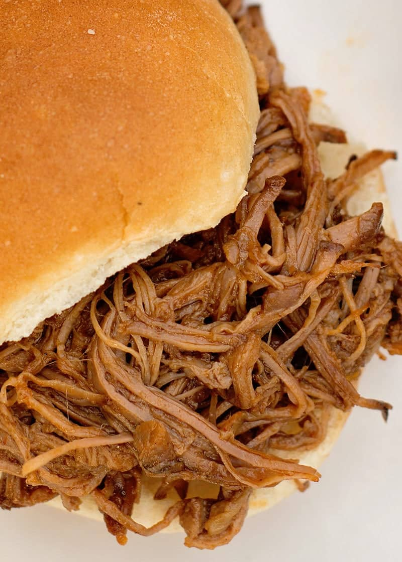 Slow Cooker Tex -Mex Barbecue Beef Sandwiches