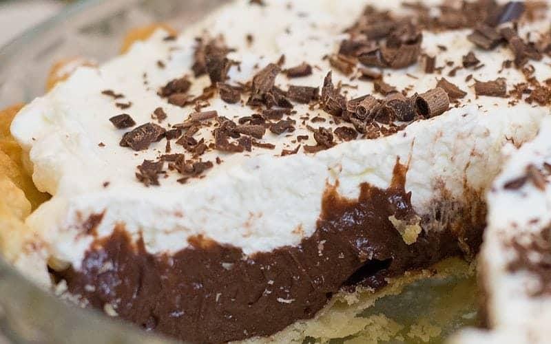 Homemade Chocolate Cream Pie Recipe