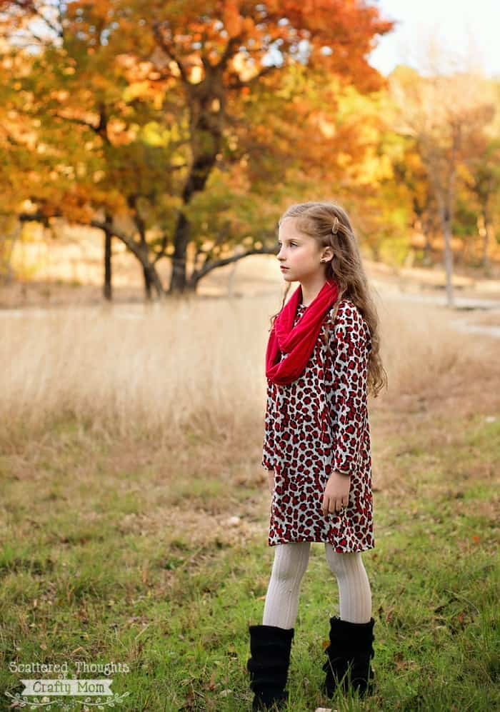 Make a  sweater dress for your little one using, the free raglan tunic pattern from www.scatteredthoughtsofacraftymom.com (the pdf pattern comes in sizes 4 to 8.)
