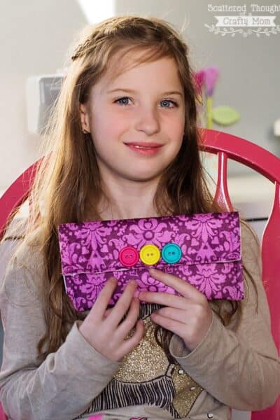 Kids Sewing: How to Sew a Felt Clutch. Easy 1st Sewing Project.
