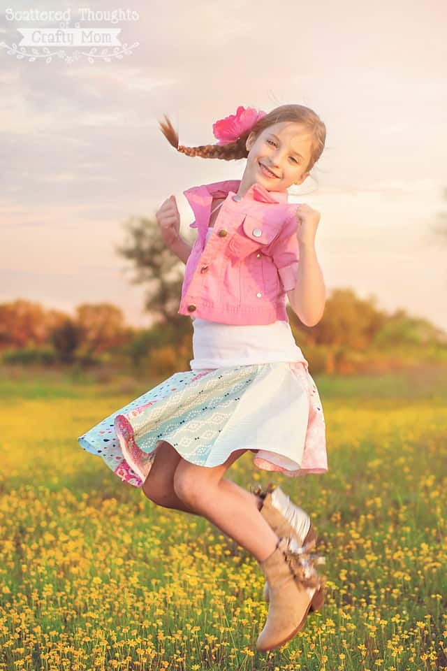 Sew this absolutely adorable circle skirt with the free pdf patter sizes 3 to 10.