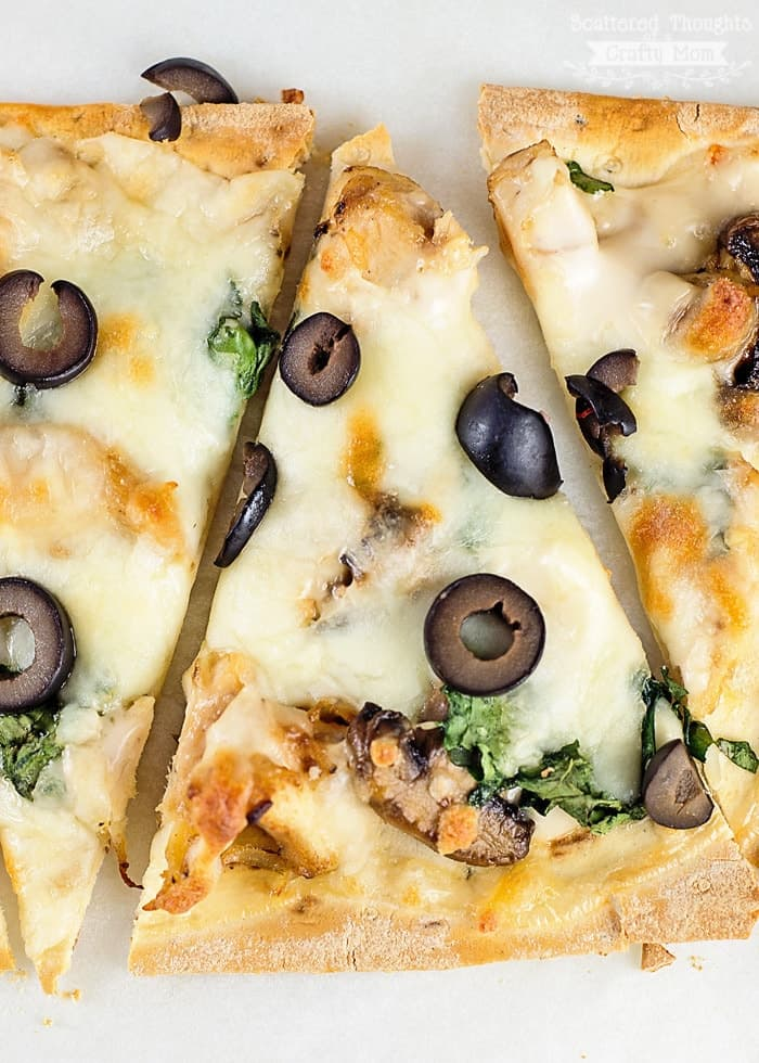 Chicken and Mushroom White Pizza Recipe