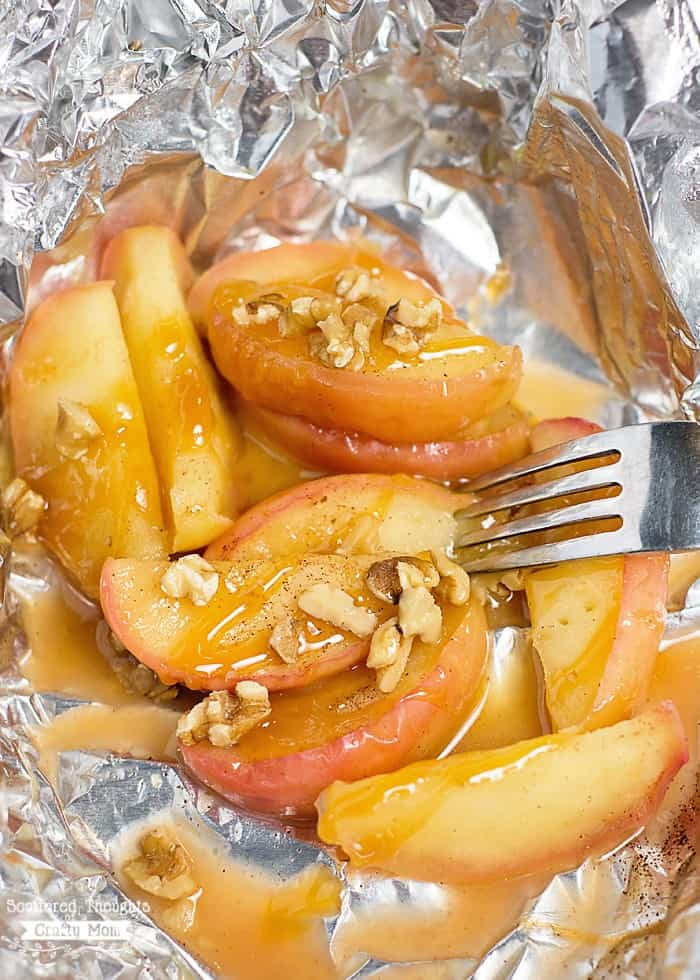 Dessert Recipes for camping: Grilled Apples
