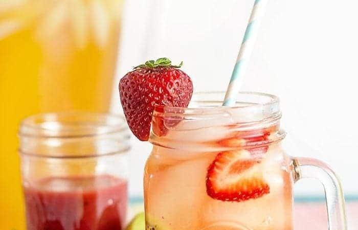 DIY Strawberry Kiwi Green Tea Recipe + Me Time!