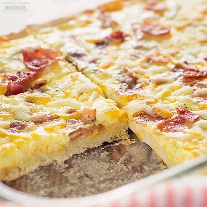 Bacon and Eggs Breakfast Pizza