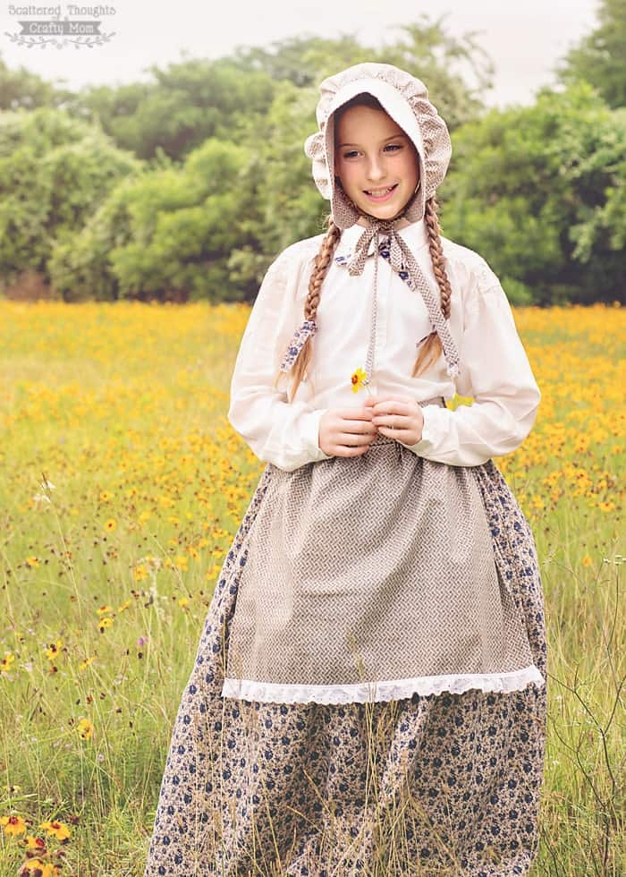 Laura Ingalls Wilder - Little House on the Prairie Costume and Bonnet Tutorial