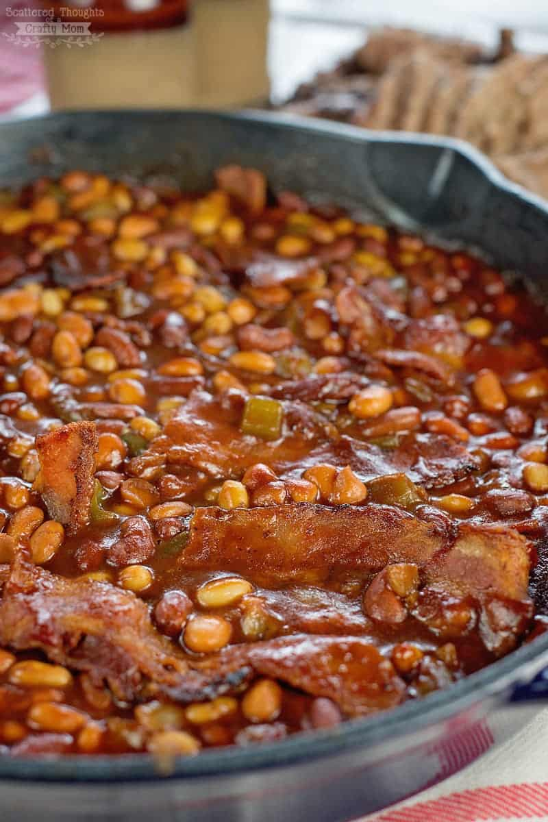 How to make baked beans over the campfire