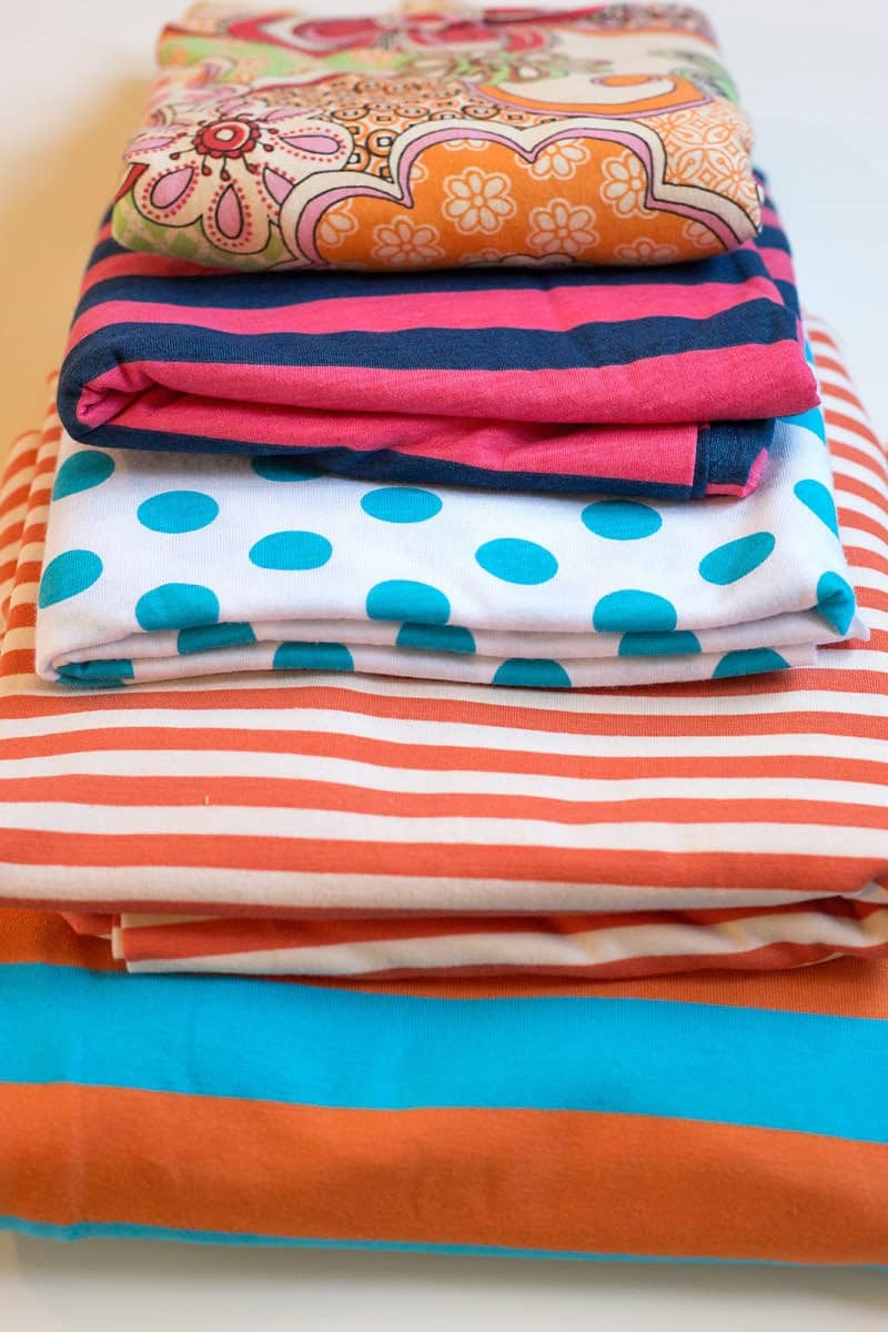My craft room is overflowing and it's time to destash with a fabric giveaway and find a new home for some of my unused fabric!