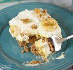 Banana Cream Pie Bars with a Pecan Crust