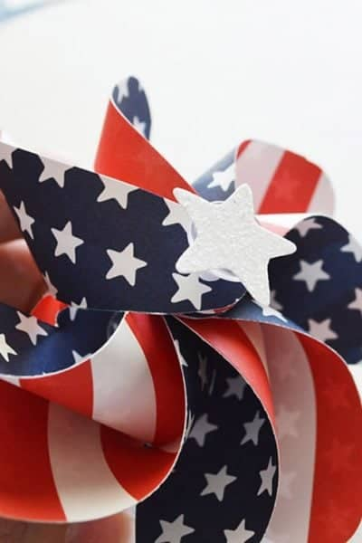 Patriotic Pinwheels + 6 Amazing Upcycled Projects for Inspiration Monday