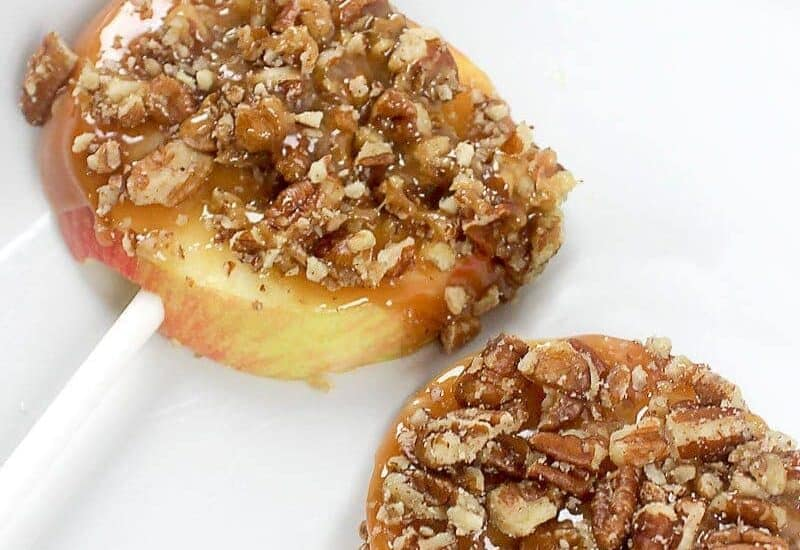 Caramel Pecan Apple Slices are a deliciouslyeasy fall treat. Pre-slicing the apples make them much easier to eat than a traditional caramel apple!