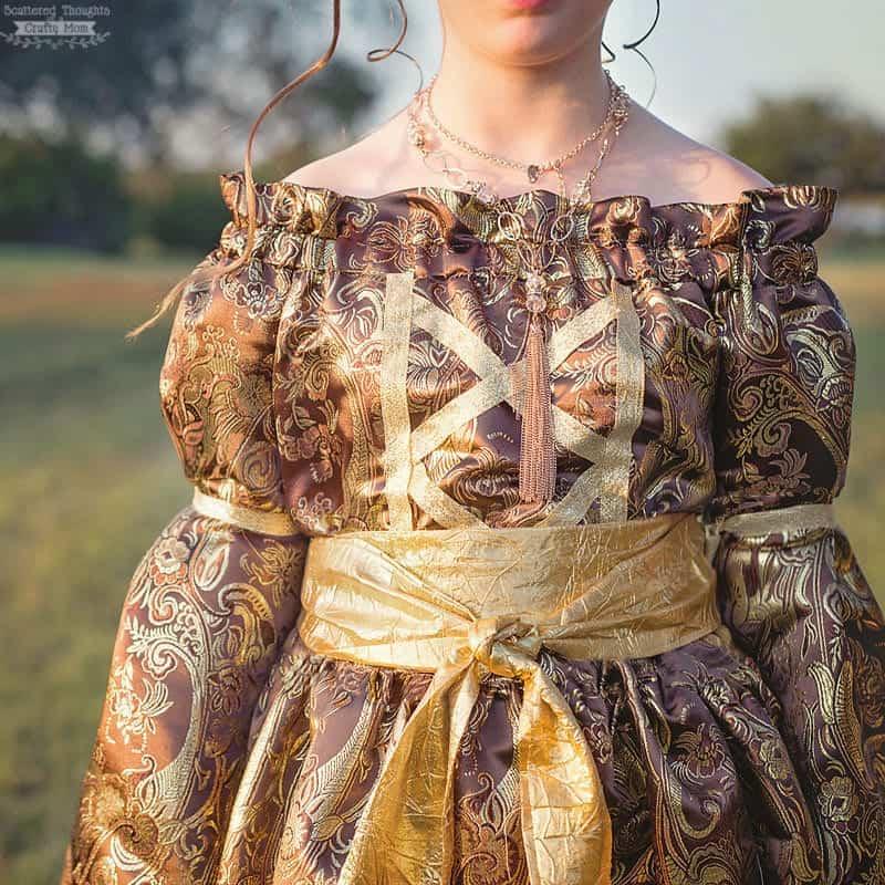 How to make a Renaisance Costume