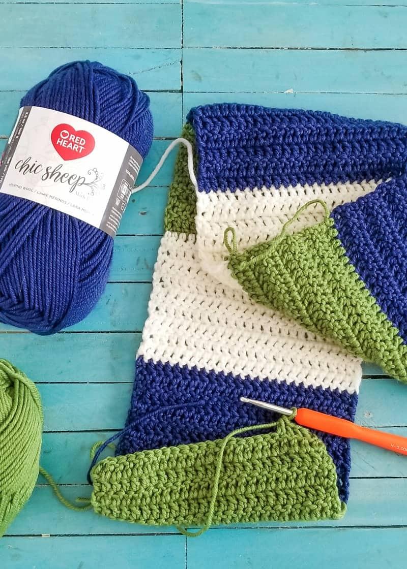 Easy Crochet Color Blocked Scarf Tutorial