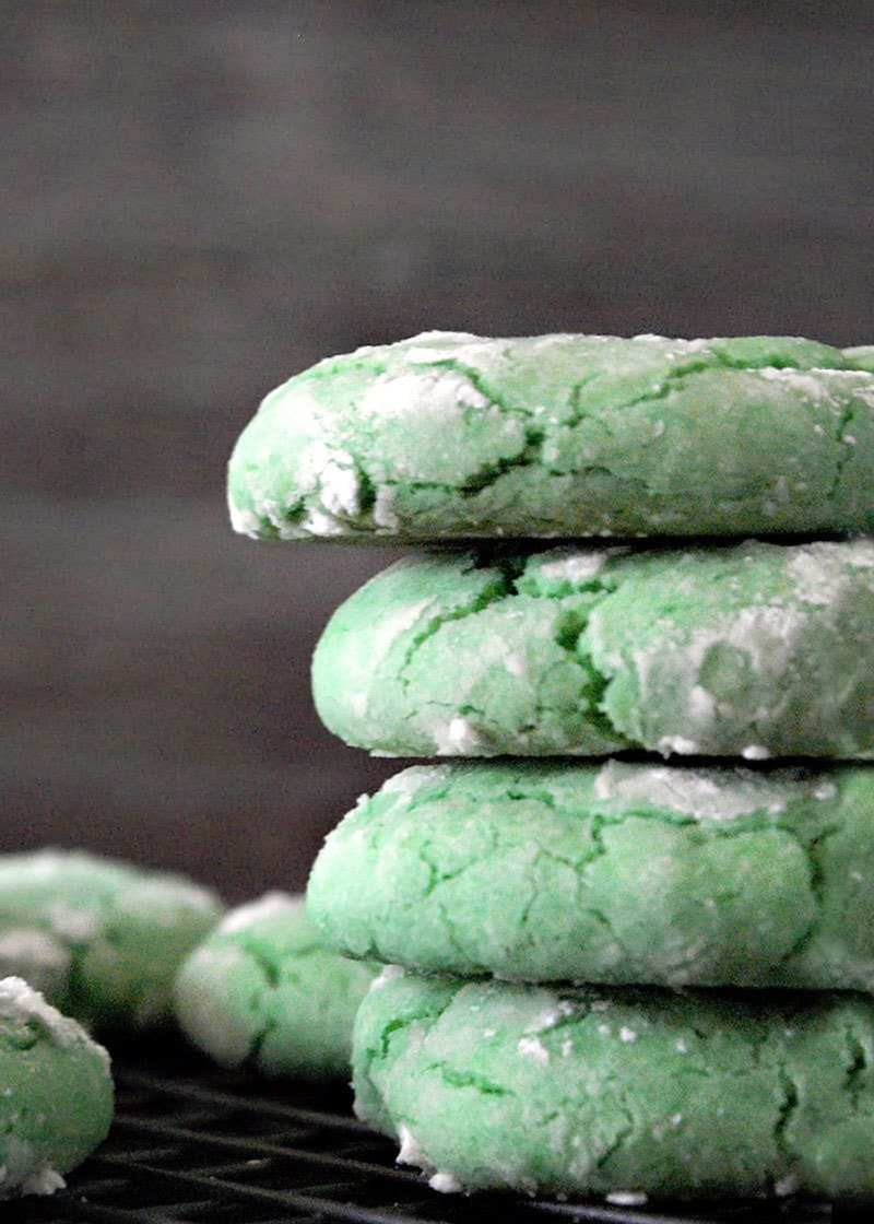 Green Crinkle cookies