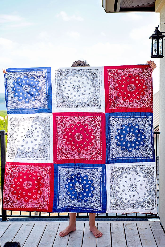 how to make a bandana quilt