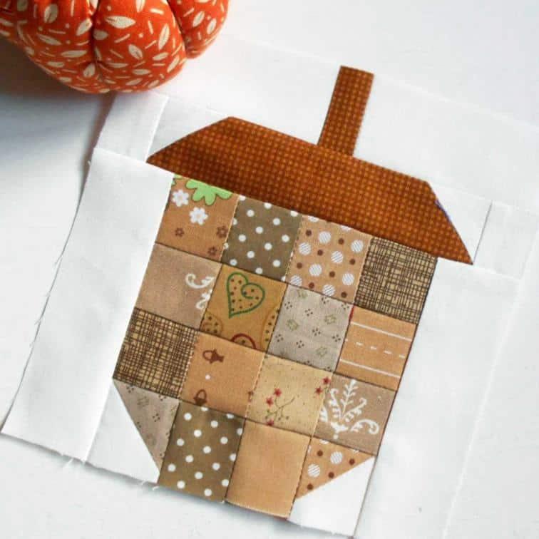 acorn quilt block