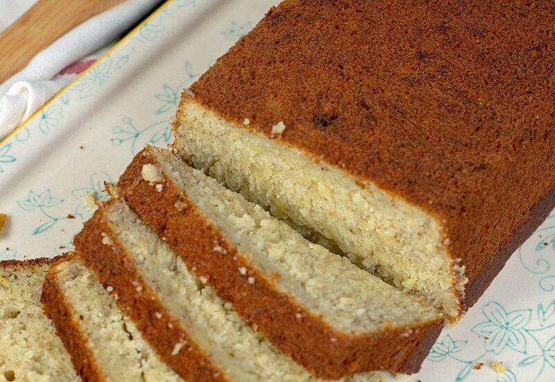 Easy, No Mixer Banana Bread Recipe