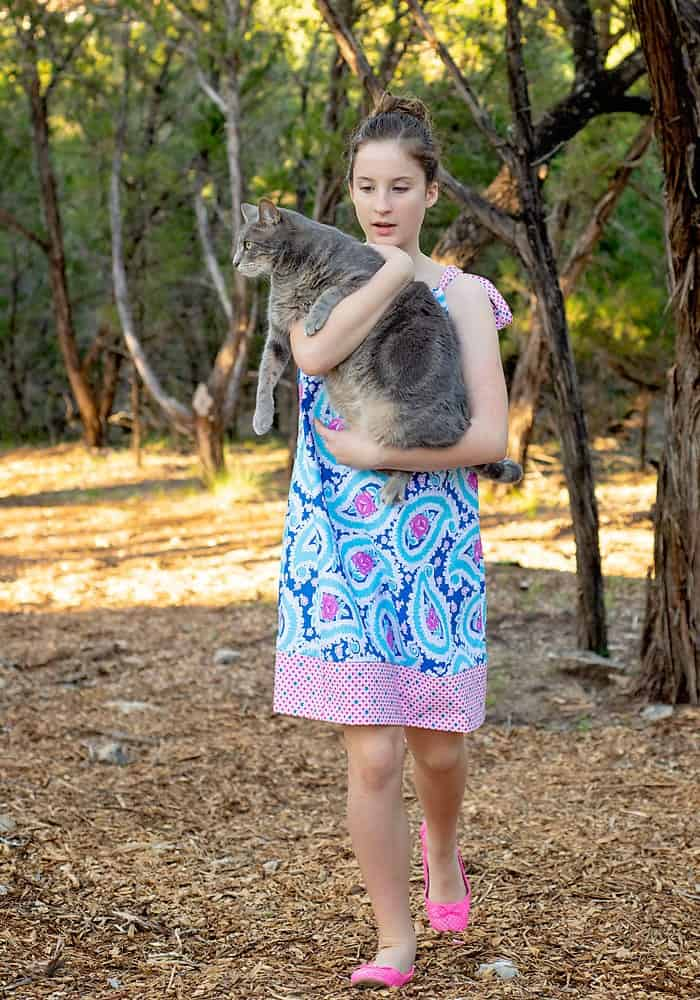 Make a Girl's Dress in an hour or less with this free Dress Pattern. Fits girls size 2 to 16!