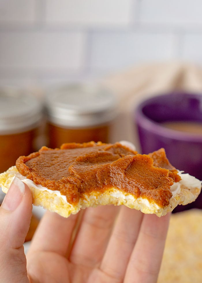easy pumpkin Butter recipe made with canned pumpkin