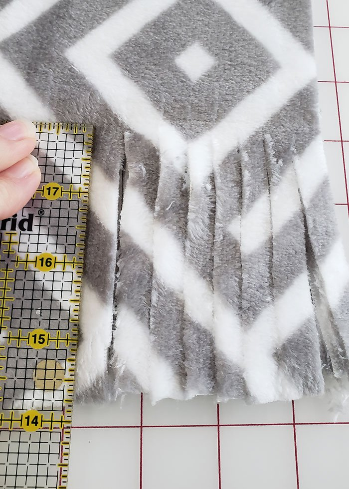 no sew fleece scarf tutorial