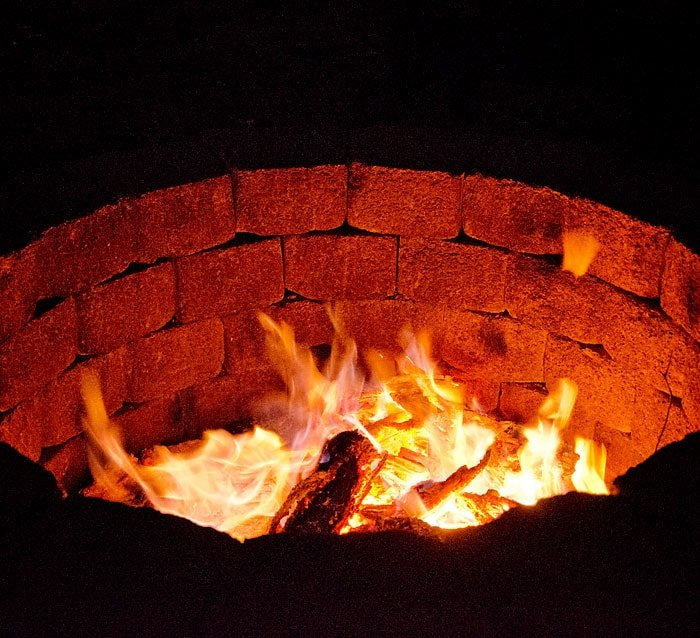 diy fire pit from retaining blocks