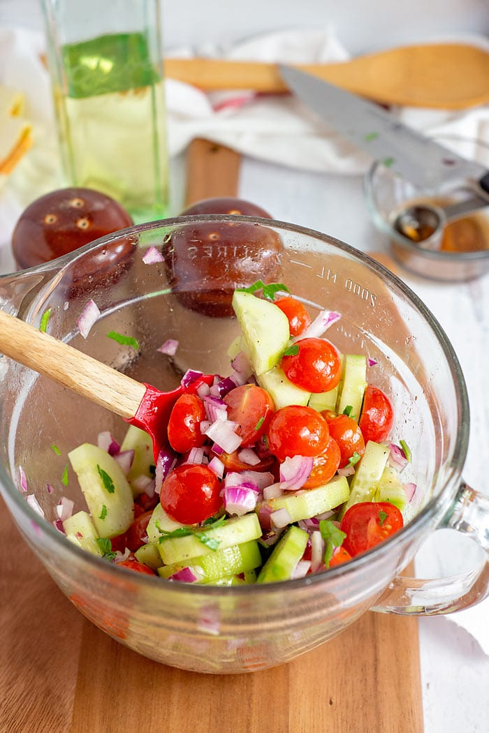 how to make a cucumber and tomato salad
