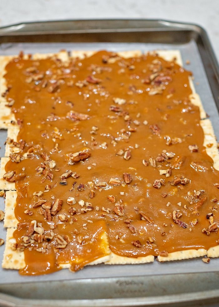 how to make saltine cracker toffee