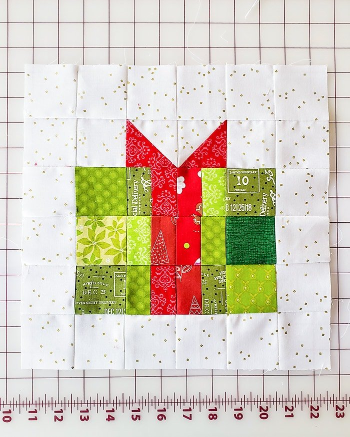 Finished Christmas Gift Quilt Block